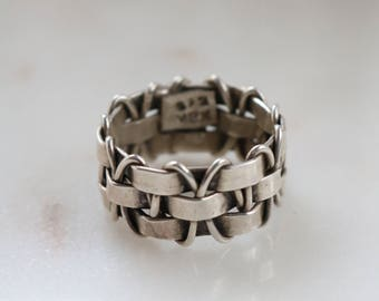 Vintage Sterling Silver Mexico Ring - Size 8 Ring