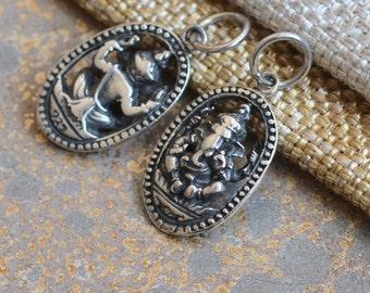 Small Silver Oval Ganesh Charm,Ganesh Pendant,Lord Ganesh,Elephant God,Yogi Charms,Inspirational Charms,Ganesh Charms,Pairs,BS17-0126S