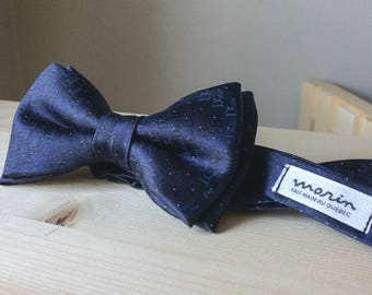 Bowtie - gray silk with vintage «ice palace» pattern - pre-tied - classy gentleman - groom - unique