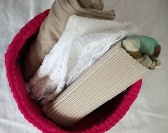Chenille basket | fucsia and bluette