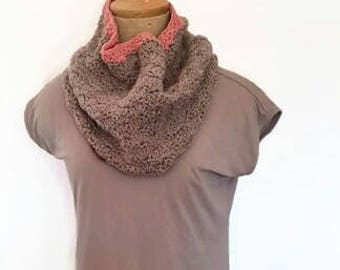 LAST CHANCE! Shell Cowl - Two Tone