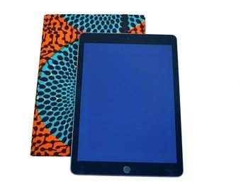 Etuis Ipad pro 10 5'' ou Ipad 9 7'' en wax Africain, support tablette numérique, coque iPad, housse rigide iPad pro, wax cible turquoise