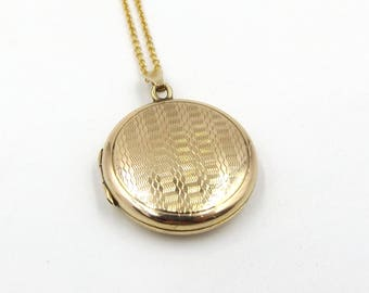 9K Gold Locket Necklace | Vintage 9ct Gold Small Back And Front Round Locket Pendant