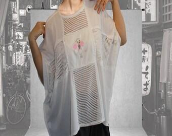 Contrasting Modern Mesh T-shirt with Angel print.