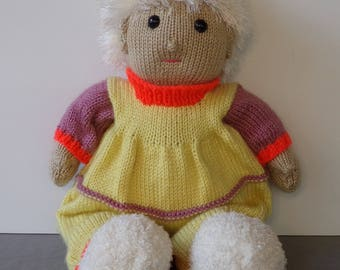 Knitted Doll with Sleeper and Slippers (Auna)