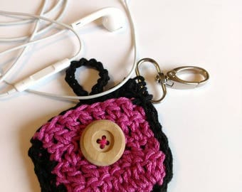 Earbuds case crochet earphones case hot pink black earbuds case with wooden button and keychain hook keychain charms phone accessories