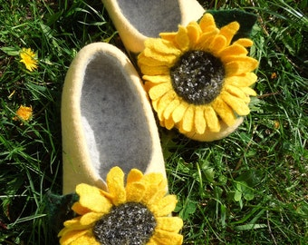 Women slippers with soles Sunflowers Felted slippers Yellow Organic wool women house shoes  Organic wool clogs Eco friendly gift for her