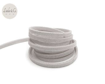 1 m x 1.5 mm suede 3mm light gray suede cord