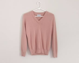 Vintage 1980s Soft Pink V-neck Pullover Sweater/80s Sweater/Small