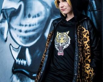 Yuri on Ice - Yurio leopard jacket