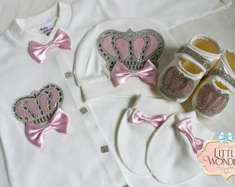 Infant Baby Girl Pink Romper Onesie Jeweled Crown Layette Hat Gloves And Shoes Set
