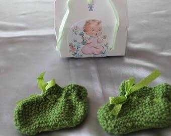 knit green slipper, gift, baby, knitted handmade
