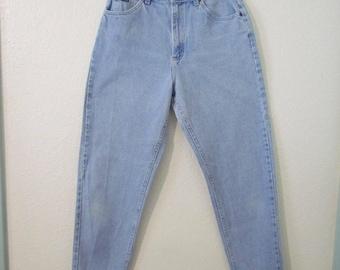 High Rise Tapered Leg Light Wash Denim Jeans 28