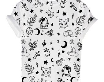 Witchy Halloween printed T-shirt