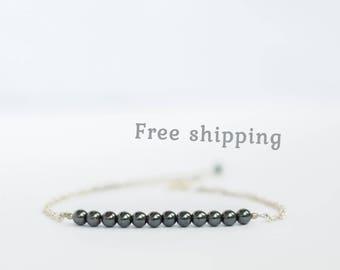 Hematite bracelet women, Hematite jewelry, Minimalist bracelet, Minimalist jewelry, Minimalist accessories, Delicate bracelet