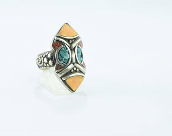 Ring Nepal ethnic mask tribal resin and turquoise