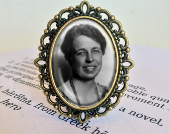 Eleanor Roosevelt Brooch - Eleanor Roosevelt Gift, Feminist Brooch, First Lady Pin, Gift for Feminist, Activist Jewellery, Political Gift