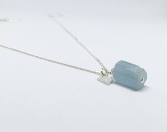 Raw aquamarine necklace, 925 sterling silver aquamarine pendant, personalised aquamarine pendant, raw aquamarine pendant, personalized