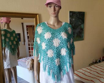 Crochet poncho, flower poncho, fringe poncho, summer poncho, cotton poncho, holiday, hippie style, Bohemianstyle, festival look