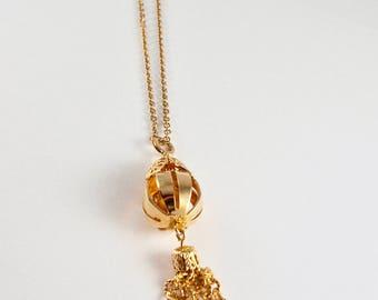 Vintage Tassel Pendant & Chain Necklace