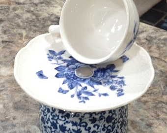 Small Jewelry Holder w/tea cup