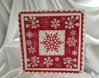 Snowflake Plate, Red and White Snowflake Plate, Holiday Plate, Winter Season Plate, Cookie Plate, Hostess Gift Plate