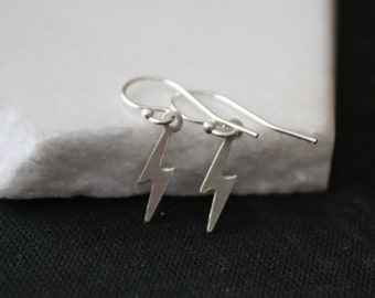 Tiny Silver Lightning Bolt Charm Earrings l Sterling Silver Thunderbolts Dangle Earrings l Sterling Silver Earrings l Simple Earrings