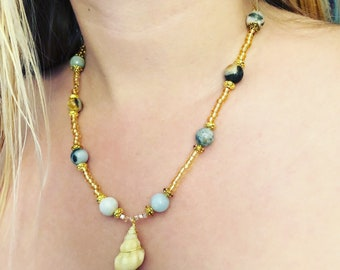 beaded hippy conch shell necklace- semi precious stone necklace- beaded precious stone necklace- sea shell necklace