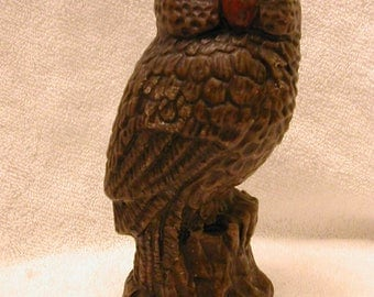 Beautifully Detailed Owl Wax Candle (now reduced)
