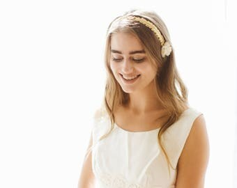 Vintage wedding dress, 60's mod bridal gown, Maxi wedding dress, 1960s white dress, Lace detail simple gown, A-line bridal dress - M/L