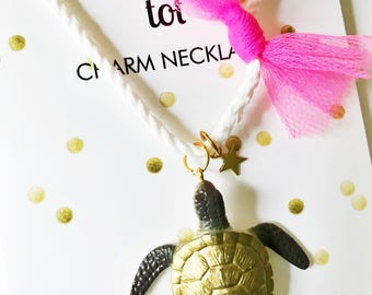 Kids Necklace. Sea Turtle Necklace. Kids Sea. Nautical Jewelry. Girls Necklace.  Star Charm necklaces. Cool Gifts for Girls. Kids Sea Turtle