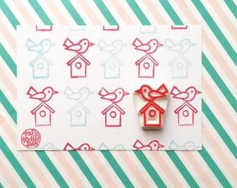bird rubber stamp | robin on bird house | woodland animal | birthday baby shower card making | diy art journal | hand carved by talktothesun