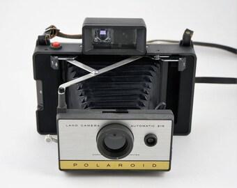 Polaroid 215 Automatic Land Camera