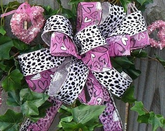Bow for Valentine Wreath - Animal Print Valentines Wreath BOW ONLY in Pink and Black and White Leopard Print, Heart Bow for Valentine Decor