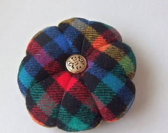 Pincushion WOOLLEN Fabric . Great for a sewing gift - Round Pin cushion Double Sided check fabric. Coloured Pins Holder