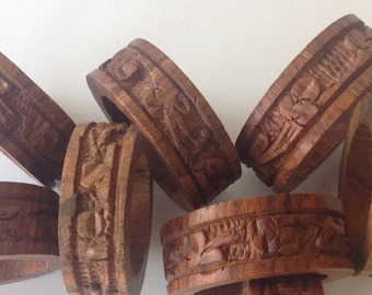Set 7 sheesham wood hand carved napkin rings holders vintage India