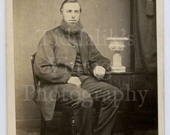 CDV Carte de Visite Photo Victorian Bearded Seated Man Portrait Huge Neck Beard - G Kitch of Old Bridge Bath England - Antique Photograph