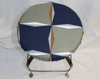 """Fitted elasticized round bar stool, vanity stool or counter stool cover Navy and Gray 14"""" diameter - Scott Living fabric"""