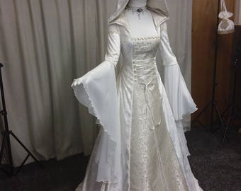 Custom made alternative wedding dresses and by outlanderweddings renaissance dress celtic wedding dress medieval wedding dress handfasting dress cold shoulder junglespirit Image collections