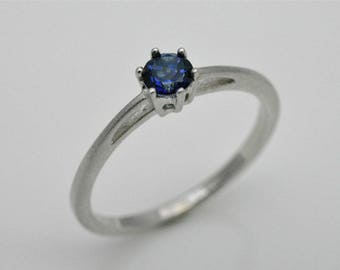 Engagement ring with sapphire, 925 silver