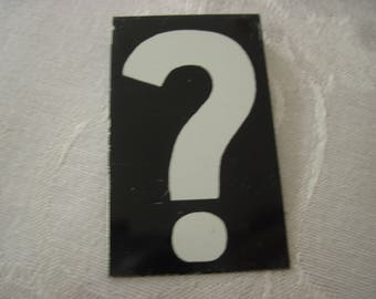 Vintage Sign Board Question Mark 2 1/2 Inches By 1 1/2 Inches