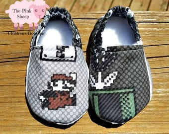 Super Mario Stay on Booties