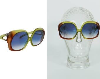 CHRISTIAN DIOR * Vintage Oversized Sunglasses Model 2005