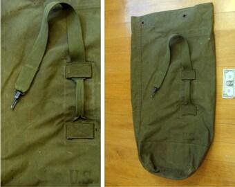 Vintage US military duffle bag - vintage canvas us soldier bag - vintage us army duffle sack - old army duffle bag - vintage military bag