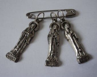 Three Vintage Lourdes Our lady pendants / charms (05111)
