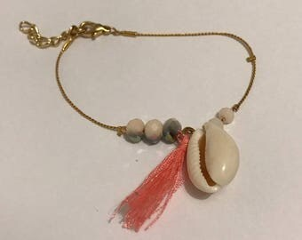 EMPTY Studio Bracelet gold and nude shell beads
