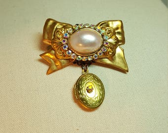 Re-purposed, upcycled vintage style pin brooch with locket