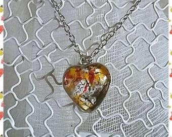 """eggshell """"bright heart"""" pendant"""