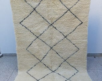 Authentic High Quality Handmade Beni Ourain Moroccan Berber Rug 8'2 x 5'2