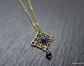 Mini pendant lace pendant